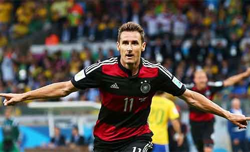 M. Klose Memecahkan Rekor Sebagai Pencetak Gol Terbanyak di Piala Dunia